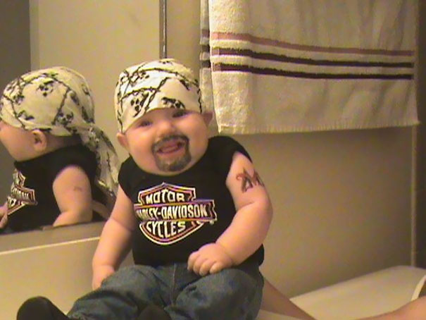 Why Dads Shouldn't Be Left Alone With Their Babies