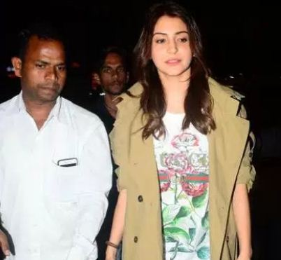 Anushka Sharma Spotted With Her Family at Airport